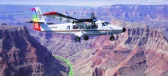 Survol du Grand Canyon du Colorado en avion